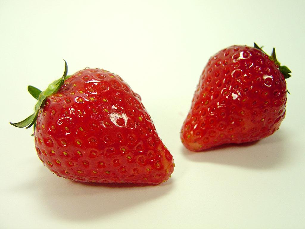 苺(イチゴ) 高解像度写真素材 1024*768... 写真素材:苺写真素材 著作権フリー無料高